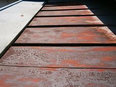 事例9. トタン屋根のサビに注意