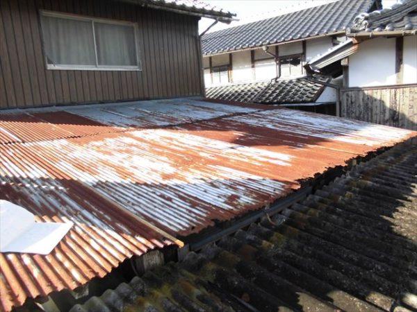 岡山県赤磐市で屋根工事 板金工事 波板取り替え