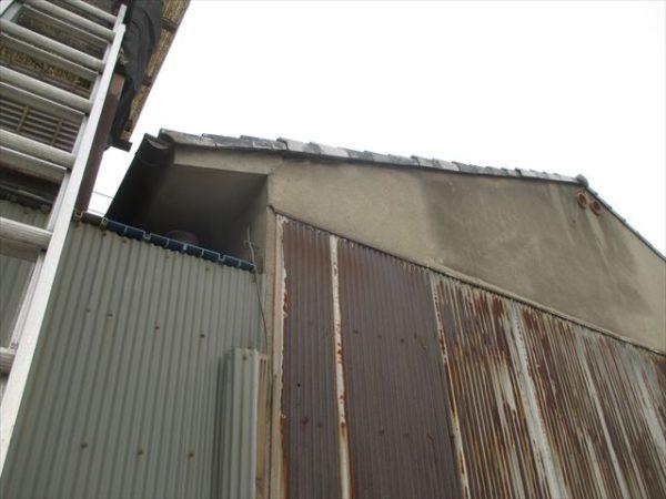岡山市中区 屋根工事 雨漏り修理 ケラバ瓦コーキング止め