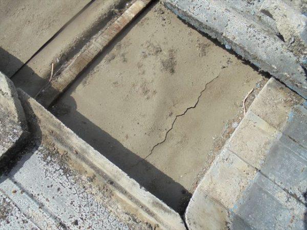 岡山市北区 雨漏り修理 防水紙かなり劣化が進んでいます