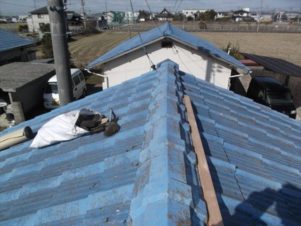 岡山市南区で屋根工事 雨漏り修理 棟瓦修理