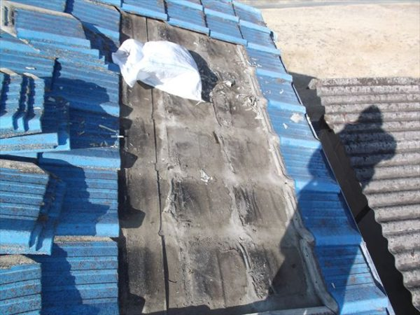 岡山市南区で屋根工事 雨漏り修理 防水紙劣化