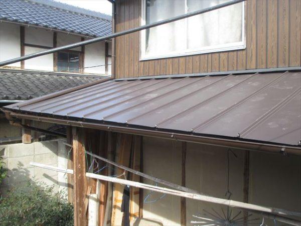 岡山県赤磐市で屋根工事 板金工事 ガルバに取り替え