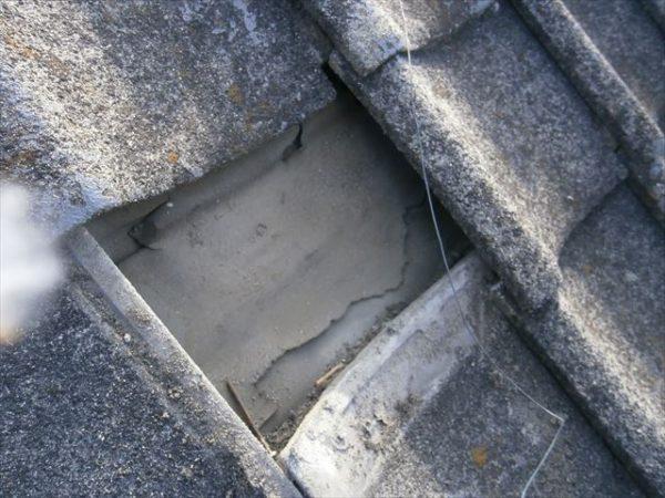 屋根工事 雨漏り修理 防水紙破れている