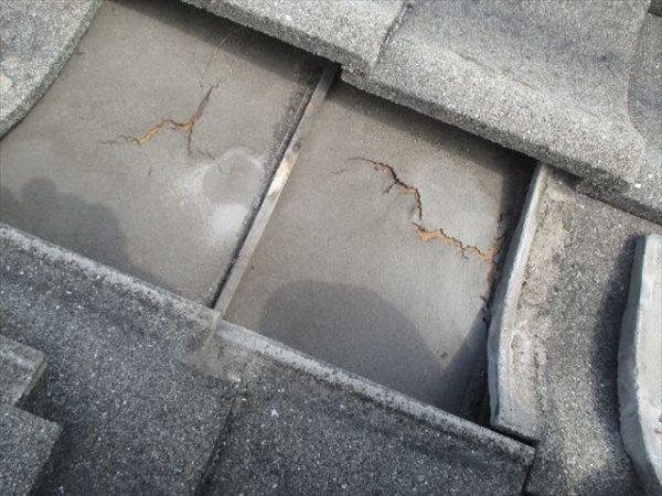 岡山市南区 屋根工事 雨漏り点検 防水紙破れています