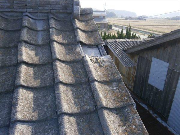 屋根工事 雨漏り修理 袖瓦欠落